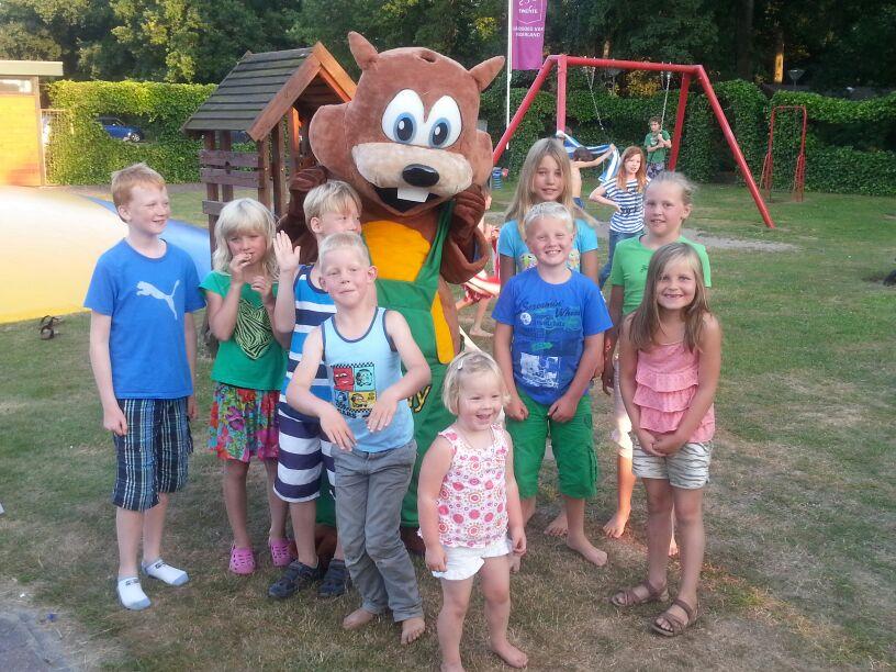 Recreatie Mascotte Eddy van camping Hoge Hexel -Promo Bears-
