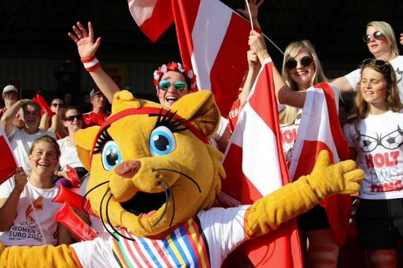 Mascotte Kicky voor EK Vrouwen 2017 WEURO 2017 KNVB