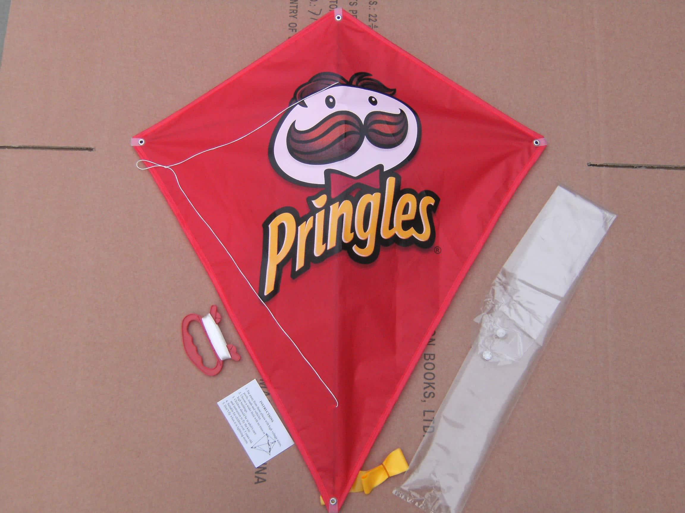 Voorbeeld Vliegers laten bedrukken Pringles -Promo Bears-